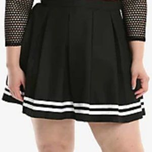 XL Black Pleated Cheer Skirt